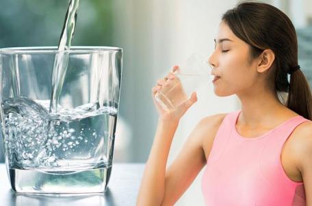 Uống nước đúng cách giúp nâng cao sức khỏe